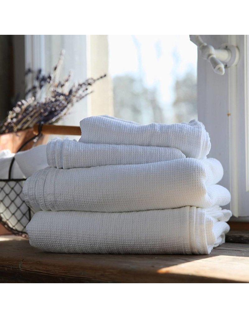"Ashley Meier Fine Linens AM Linen Waffle Bath Towel 39"" x 63"" - White"