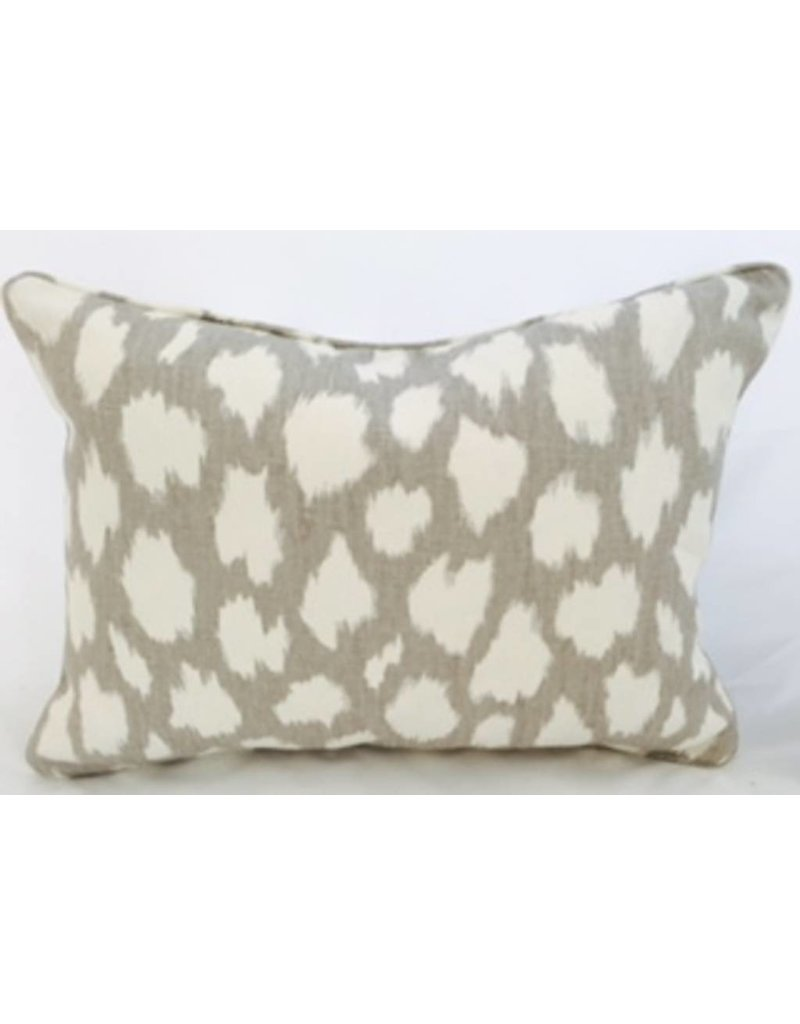 Legacy Linens 14x20 Pillow-Piped-Leokat (Down) Silver