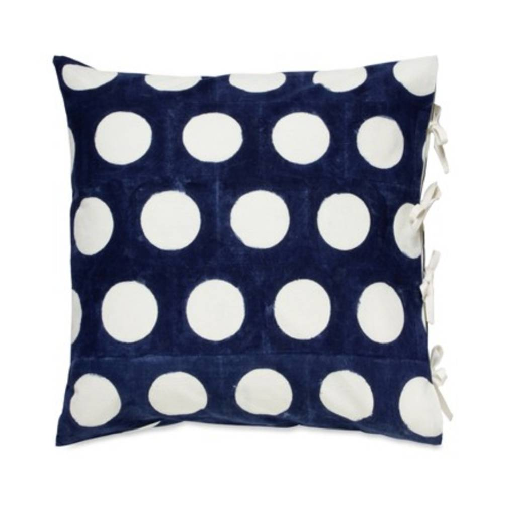 "Les Indiennes Les Indiennes ""Dot"" Reverse Deco Pillow Cover in Indigo 22x22"