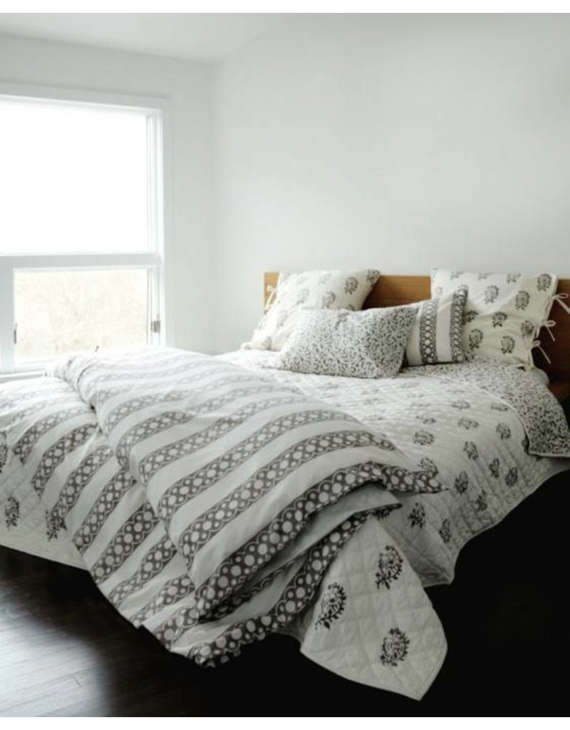 "Les Indiennes Les Indiennes Duvet  ""Nicole"" French Gray King"