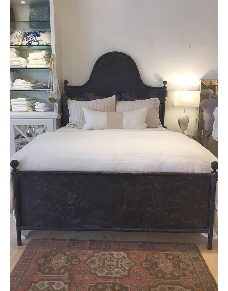 Ava Iron Bed Queen