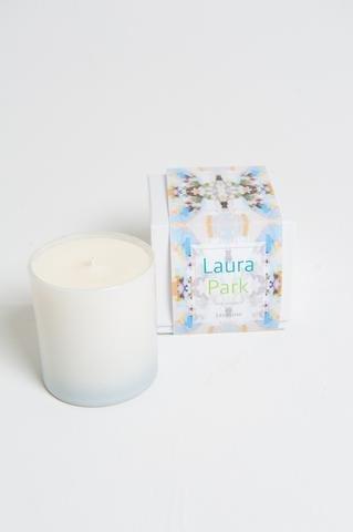 "Laura Park Jasmine Candle ""Sunday Best Navy"""