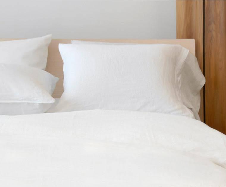 AREA home Claire white King pillowcase