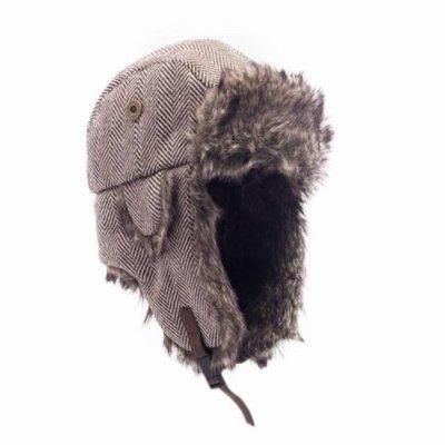 Tweed Trapper