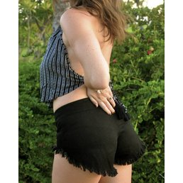 Indah Vibe Twill Shorts Black