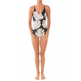 Greenlee One Piece Black Leaf