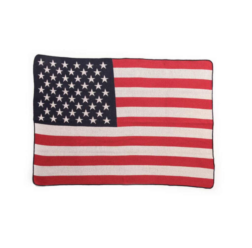 Green 3 Apparel US Flag throw
