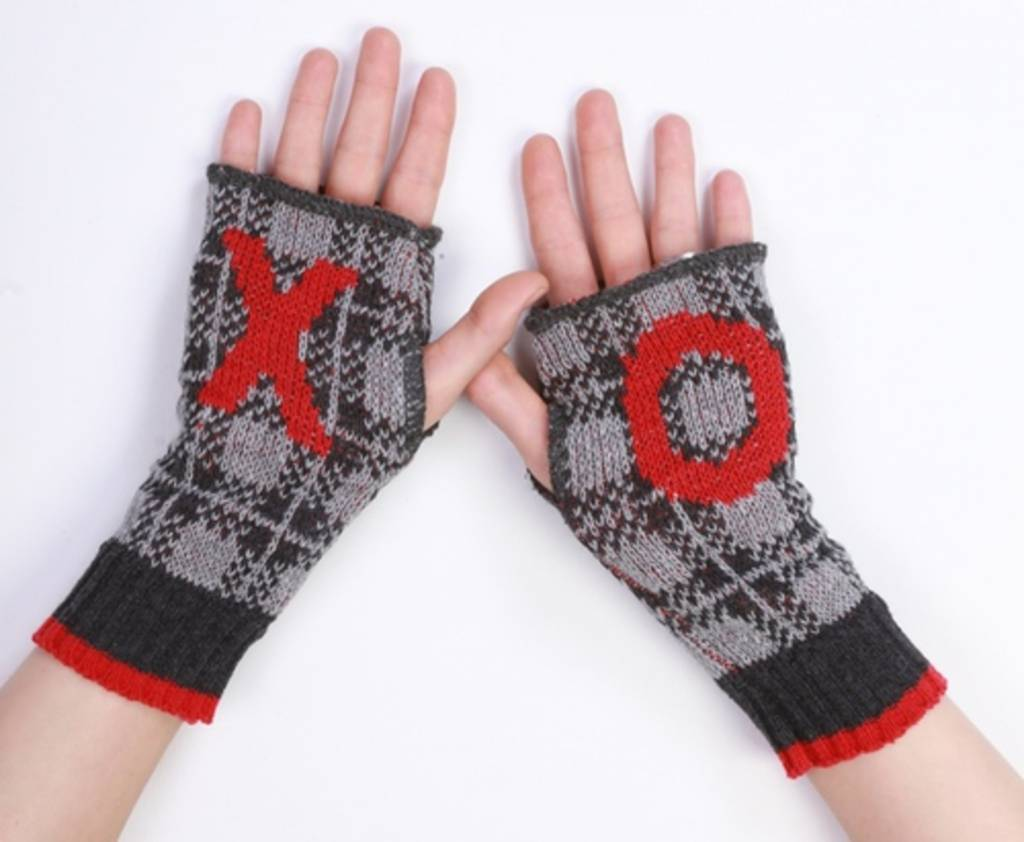 Green 3 Apparel XO Handwarmers (GREY)