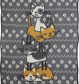 Green 3 Apparel Stacked Kitties Jr. Throw