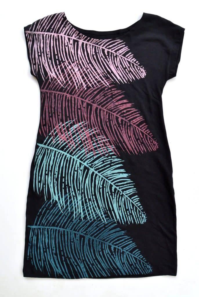 Tshirt Dress Black w/Ferns