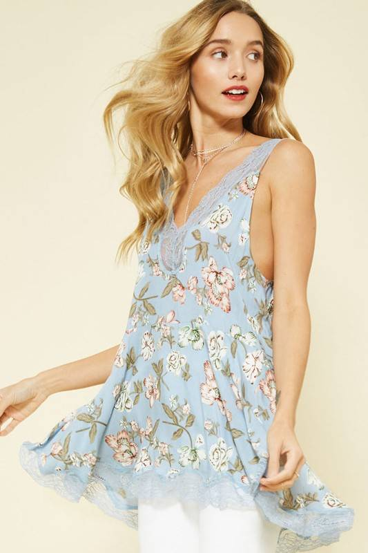 PROMESA Floral Tunic + Lace Trim