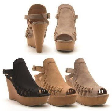 Romantico Gimmick Wedge Sandals