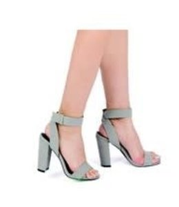 La Shoe King Warner Heels