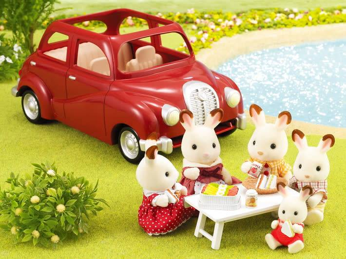 Cherry Cruiser by Calico Critters