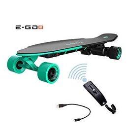 Longboard électrique couleur menthe verte