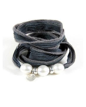 Ciao Angel Three Pearl Bracelet