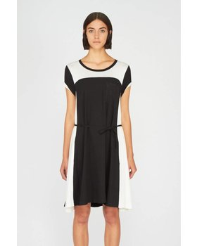 eViewVillage:  Shop at Picoum for Women's Clothing - Men's Fashion - Children's Clothing