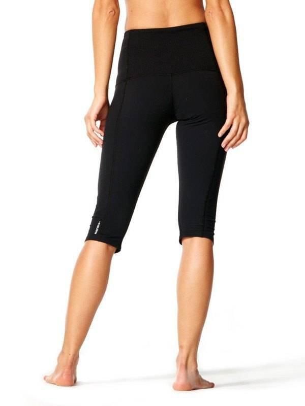 Karma Athletics YAMA CROP - Legging mi-long (Noir)
