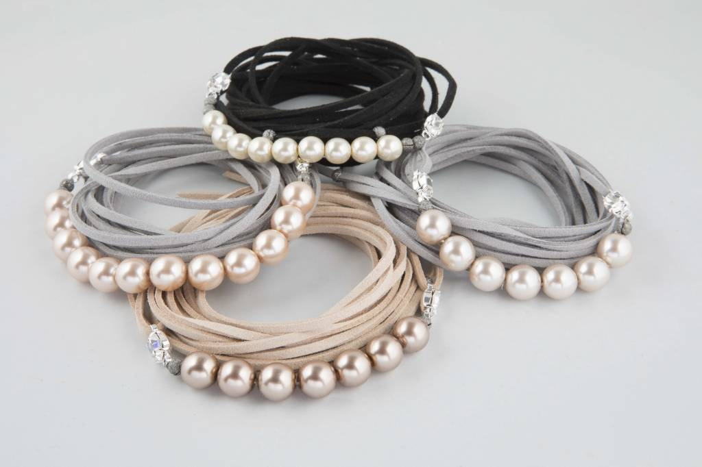 Atelier SYP HEAVENLY PEARLS - Necklace and Bracelet