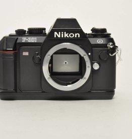 Nikon Nikon F-301/N2000 SN: 6014724