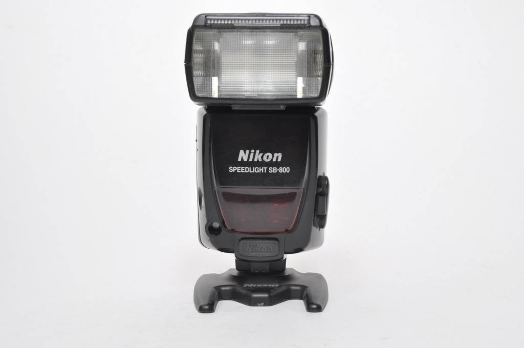 NIkon SB-800 SN:2085042