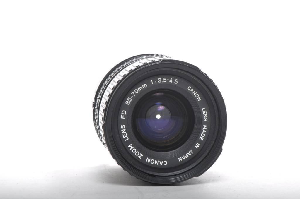 Canon Canon 35-70mm f3.5-4.5 Macro Sn:1672833