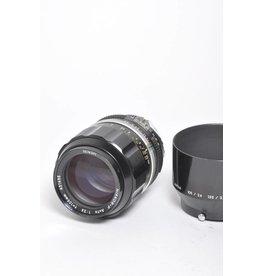 Nikon Nikon Nikkor-P 105mm F2.5 AI w/ HS-4