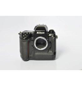 Nikon Nikon F5 SN: 3057432