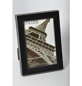 Larson Juhl Encore BLACK WITH SILVER EDGES Frame 4x6