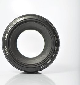 Canon Canon EF 50mm F1.4 USM SN: 06690975