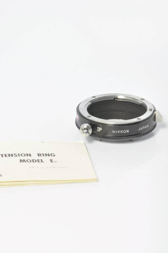 Nikon Nikon E2 Extension tube allows for stop down
