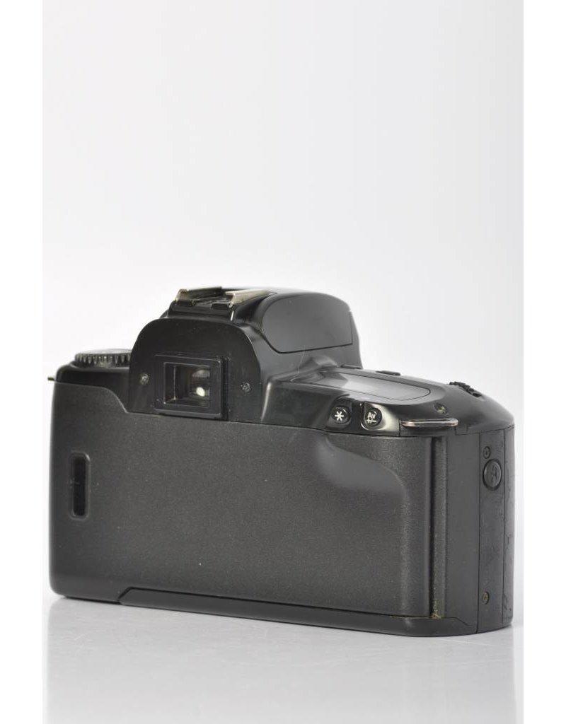 Canon Canon Rebel XS Kit SN: 8919325
