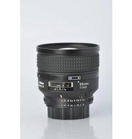 Nikon Nikon 85mm f/1.4D IF SN: 434727