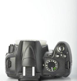 Nikon Nikon D3000 Digital SLR Camera Body