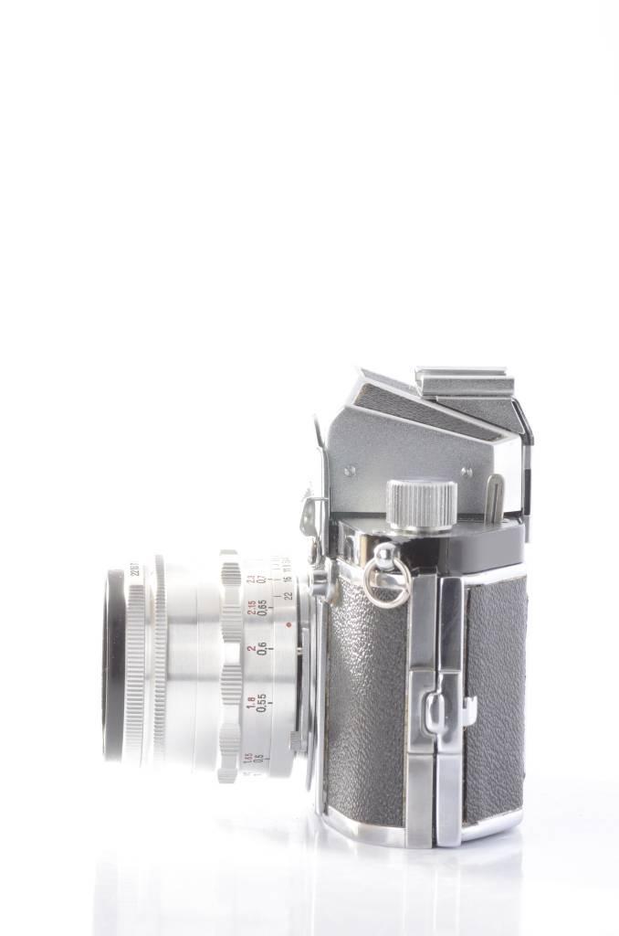 Exakta EXA w/ Zeiss 50mm SN: 442131