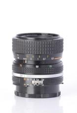 Nikon NIkon 35-70mm F/3.3-4.5 SN: 2124091