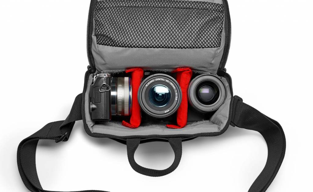 Manfrotto NX camera shoulder bag I Blue V2 for Compact Cameras