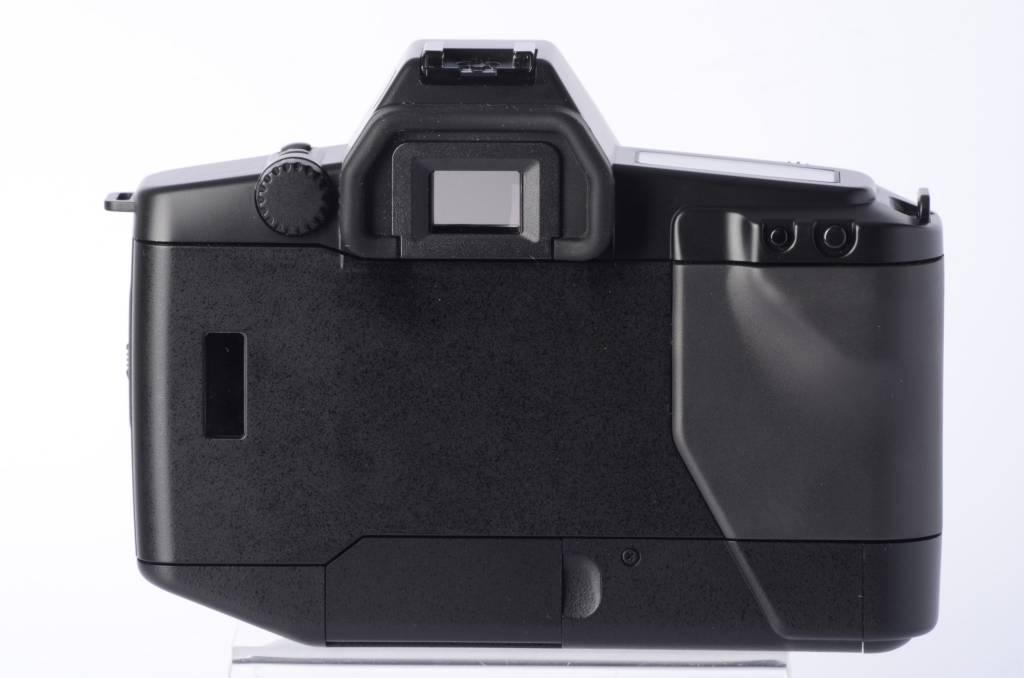 Canon EOS RT