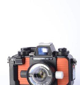 Nikon Nikonos V Orange w/ 35mm f/2.5 SN: 3077108