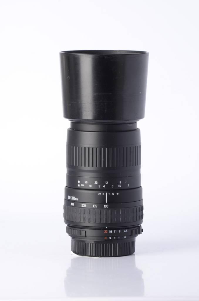 Sigma Sigma 100-300mm F/4.5-6.7 SN: 1320007