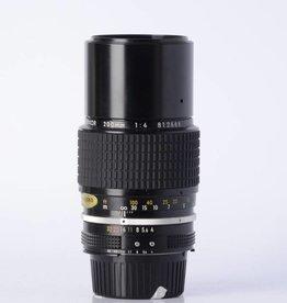 Nikon NIkon 200mm f/4 SN: 812666
