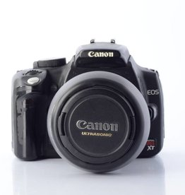 Canon EOS Rebel XT with a Canon EF 28-80/3.5-5.6 V USM Lens
