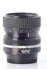 Nikon Nikon 35-70mm f/3.3-4.5 SN: 2141071