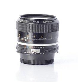 Nikon Nikon 35mm