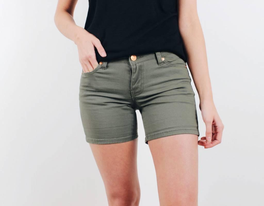 Savannah Short
