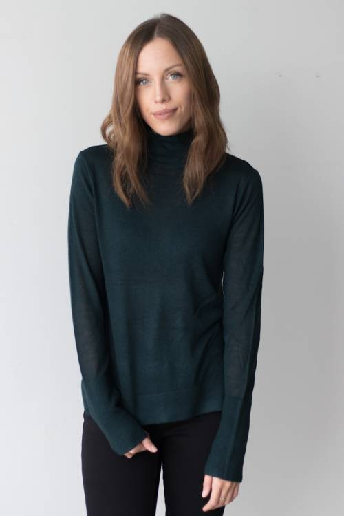Oak Tree Turtleneck