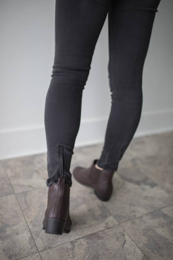 Seven MR Slip Zip Ankle Length 32