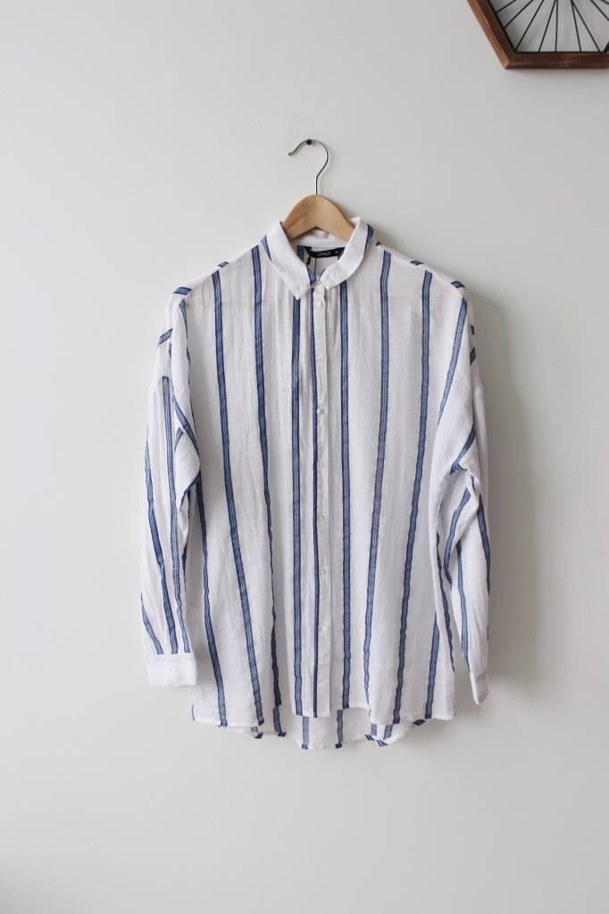 Petra Oversized Shirt