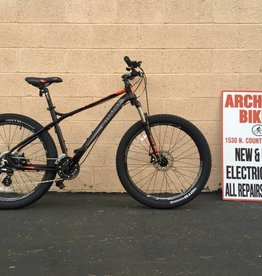 Haro Bikes Haro Flightline TWO 26+ Mountain Bike