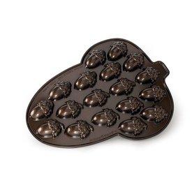 Nordic Ware Acorn Cakelet Pan